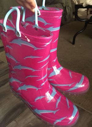 Girls pink waterproof rain boots blue dolphins size 2 for Sale in Moreno Valley, CA