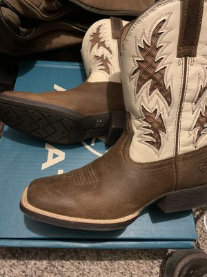 Ariat boots for Sale in Rocky Face, GA