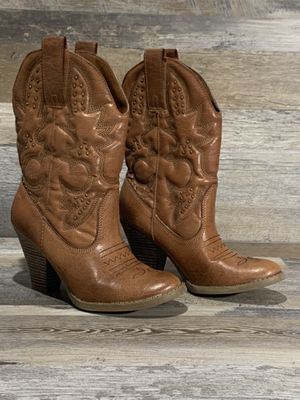 mossimo supply co Womens Cowgirl Boots 6.5 for Sale in Windsor Mill, MD