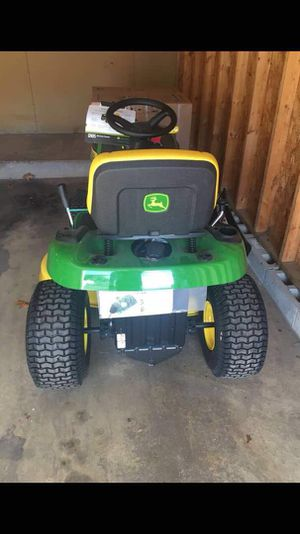 John Deere E-130 22-HP V-twin Side by Side Hydrostatic 42-in Riding Lawn Mower with Mulching Capability. for Sale in Nashville, TN