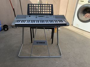 Yamaha electric piano with stand and steat for Sale in West Covina, CA