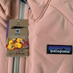 NWT Patagonia Women's Jacket Pink & Beige XS for Sale in La Puente, CA