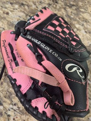 """Rawlings Pink/Black baseball glove RIGHT HAND 9"""" for Sale in Hollywood, FL"""