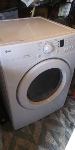 Lg washer and dryer set needs work for Sale in WARRENSVL HTS, OH