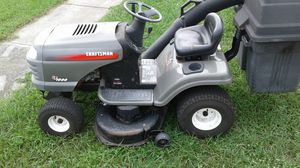 Riding lawn mower tractor with dual bagger system for Sale in Tarpon Springs, FL