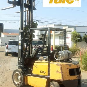 "FORKLIFT ""YALE"" PNEUMATIC 7-K CAPACITY W/SIDE-SHIFT $5,970!!! WHOLESALE GREAT CONDITION WHOLESALE ...$5,970!!! for Sale in Norwalk, CA"