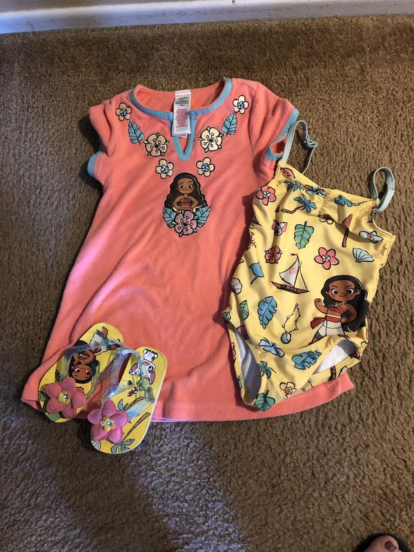 Moana Swimsuit cover and flip flops