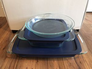 5 Piece Glass Pyrex Baking Set for Sale in Cuyahoga Falls, OH