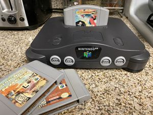 Nintendo 64 with 3 games all power cables for Sale in Fresno, CA