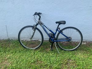 Gary fisher/ Trek, tiburon mountain bike for Sale in FL, US