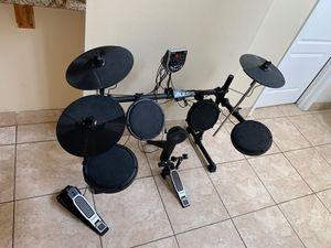 Alesis drum set dm6 for Sale in Wesley Chapel, FL