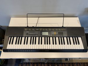 LIKE NEW-Casio CTK-2500 Keyboard for Sale in Chicago, IL