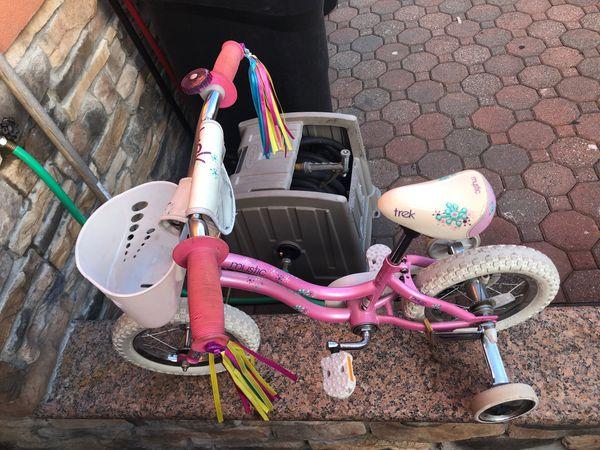 """Trek girls bike 12 1/2"""" wheels"""