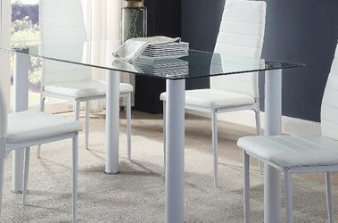 5 Piece Dinning Table Set (SPECIAL OFFER!) for Sale in Davenport,  FL