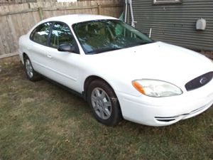 Ford Taurus....2006 for Sale in Austin, TX