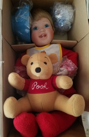 What's for Lunch, Pooh? Disney Porcelain Doll for Sale in Goodyear, AZ