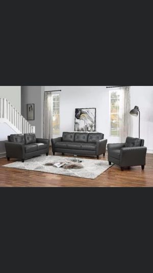 Couch, sofa love seat for Sale in Camden, NJ