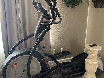 Elliptical -used 2x!!! for Sale in Lincoln,  CA
