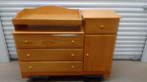 Baby Changing Table and Dresser - by Million Dollar Baby for Sale in Miramar, FL