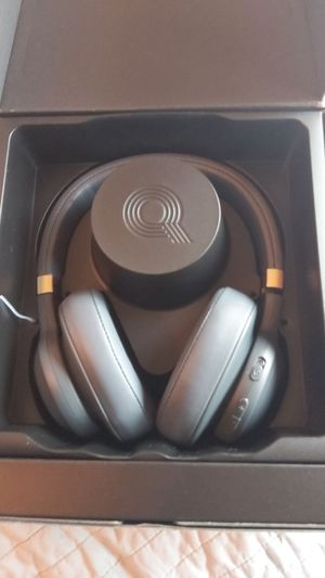 JBL E55BT - Quincy Edition - headphones with mic - full size - wireless - Bluetooth - space gray for Sale in Littleton, CO