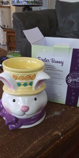 Easter Bunny Scentsy Warmer for Sale in Gulfport, FL