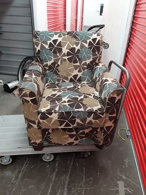 Small Couch $40 for Sale in Phoenix, AZ