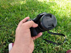 black camera sony h300 for Sale in Dallas, TX