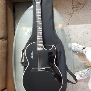 Carriveau Electric Guitar Semi-hallow for Sale in Los Angeles, CA