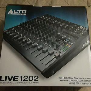 Alto 1202FX mixer for Sale in Escondido, CA