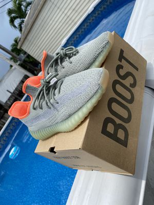 Yeezy 350 Desert Sage for Sale in Miami, FL