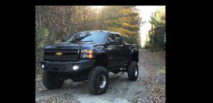 08 Chevy Silverado 2500 HD LTZ 11 inch lift MUD PLUGGER,please read entire posts so we dont waste each others time for Sale in Boston, MA