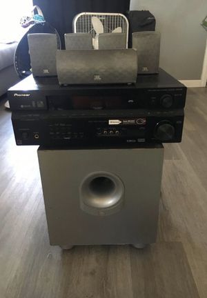 PIONEER/ JBL surround sound system for Sale in Riverside, CA