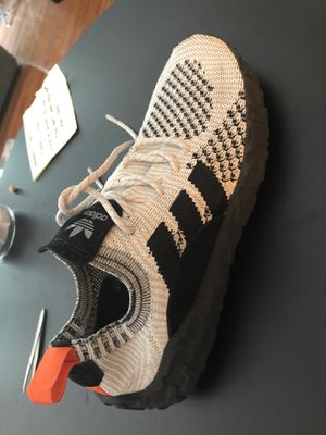Adidas Outlast for Sale in Redland, MD
