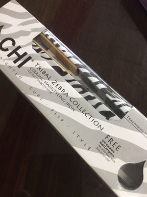 💝 CHI Zebra Hair Straightener Flat Iron Ceramic Brand New Christmas Gift 🎁 for Sale in Lake Worth, FL