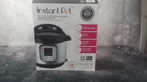 Instant Pot 10-in-1 Multi-Use Programmable Pressure Cooker for Sale in Marysville, WA