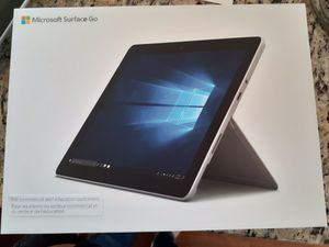 Pristine Microsoft Surface Go tablet! for Sale in Saint Paul, MN