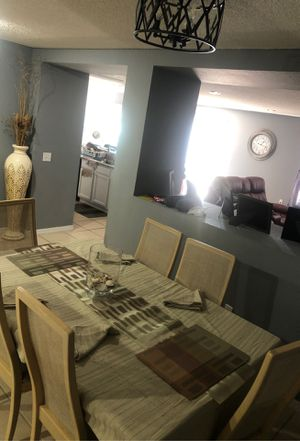 Dinning Room set for Sale in Kissimmee, FL
