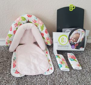 """Go"" Baby Head Support and strap cover set for Sale in Arlington, TX"