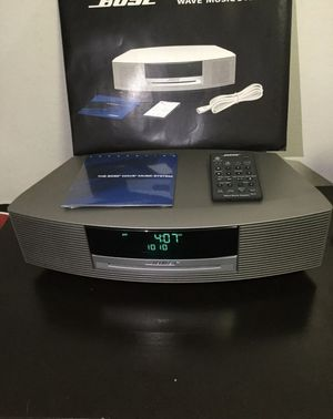 Bose Wave Music System Silver AWRCC1 RADIO/FM AM/CD Player Remote WORKS GREAT for Sale in Brooklyn, NY