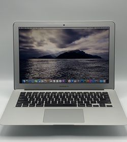 "2012 13"" MacBook Air 4GB RAM 256GB SSD for Sale in Santa Ana,  CA"