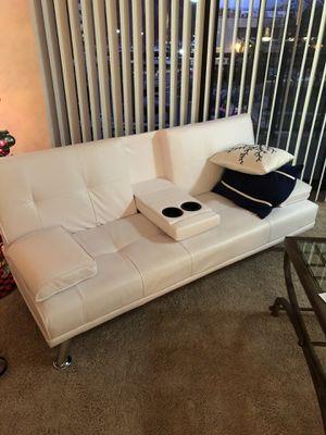 White couch futon perfect condition for Sale in Alexandria, VA