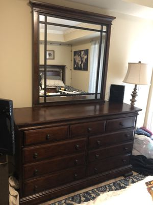 Dresser for Sale in Nashville, TN