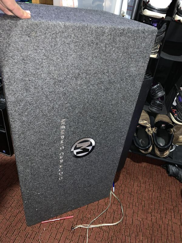 2 12 inch Memphis Audio Speakers Box and 800 Watt Amp