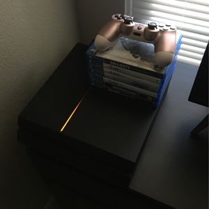 PS4 First Gen With Accessories for Sale in Killeen, TX