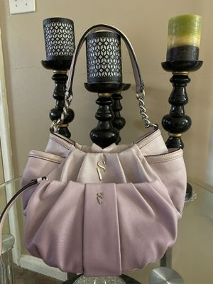 Simply Vera Purse with matching Rest Walet for Sale in Dearborn Heights, MI