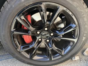 """Cherokee Jeep wheels and tires 20"""" for Sale in El Monte, CA"""