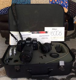 Nikon 35mm Film Flash Photography N6006 , complete set with 3 lens and with case for Sale in Cape Coral,  FL