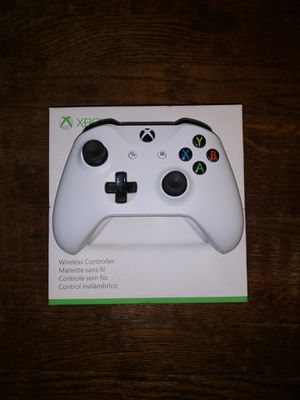 Xbox wireless controller for Sale in Saint Petersburg, FL