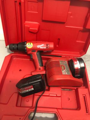 Milwaukee 18 volt power plus drill for Sale in Bellflower, CA