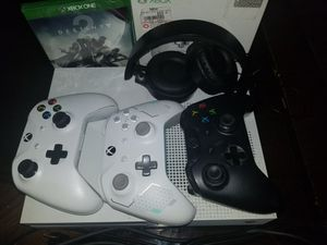 Xbox one s for Sale in Glen Cove, NY